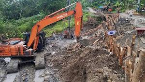 Lahan Warga Nias Utara Diterobos Kontraktor Tanpa Ijin Pemilik Tanah