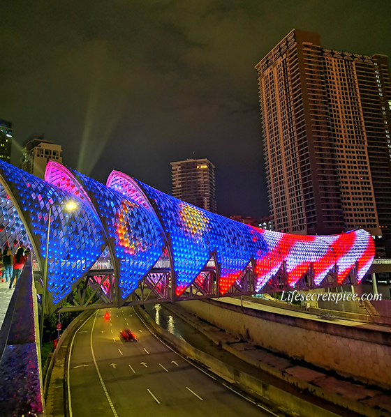 Colorful Saloma Link Bridge, Latest attraction in Kuala Lumpur