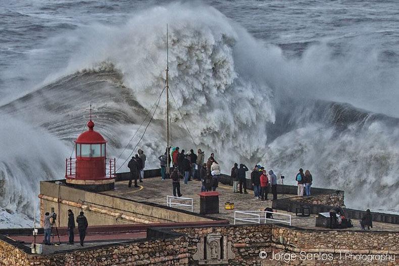 Las olas gigantes de Nazaré | Portugal