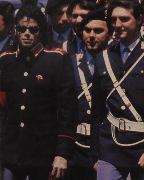 Kinder Garden: Michael Jackson Pictures : -1988-may-rome-visit-at-the