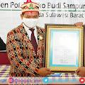 Terobosan Aplikasi Ayam.com, Kapolda Sulbar Kembali Meraih Penghargaan