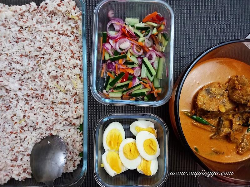 Resepi nasi dagang , gulai ikan tongkol