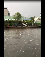 Sau cơn mưa tầm tã chiều hôm qua ở Sài Gòn. Thanh niên chắc IQ 200%