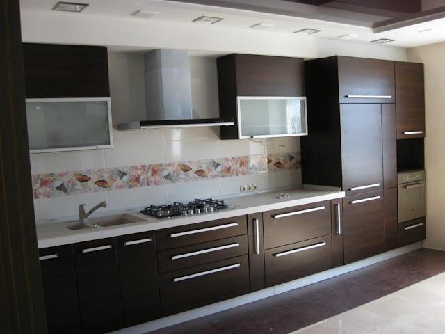 Угловые кухни пластик HPLе