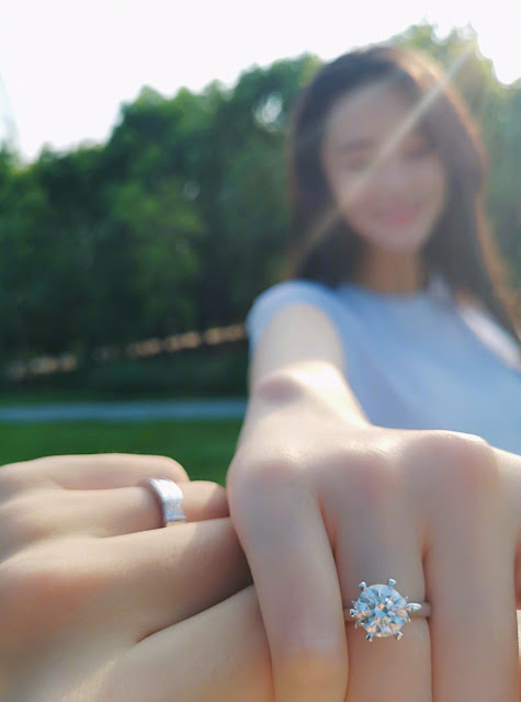 Viann Zhang Xinyu engagement ring
