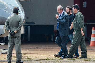 Diálogos indicam que Moro instruiu Lava Jato a não apreender celulares de Eduardo Cunha