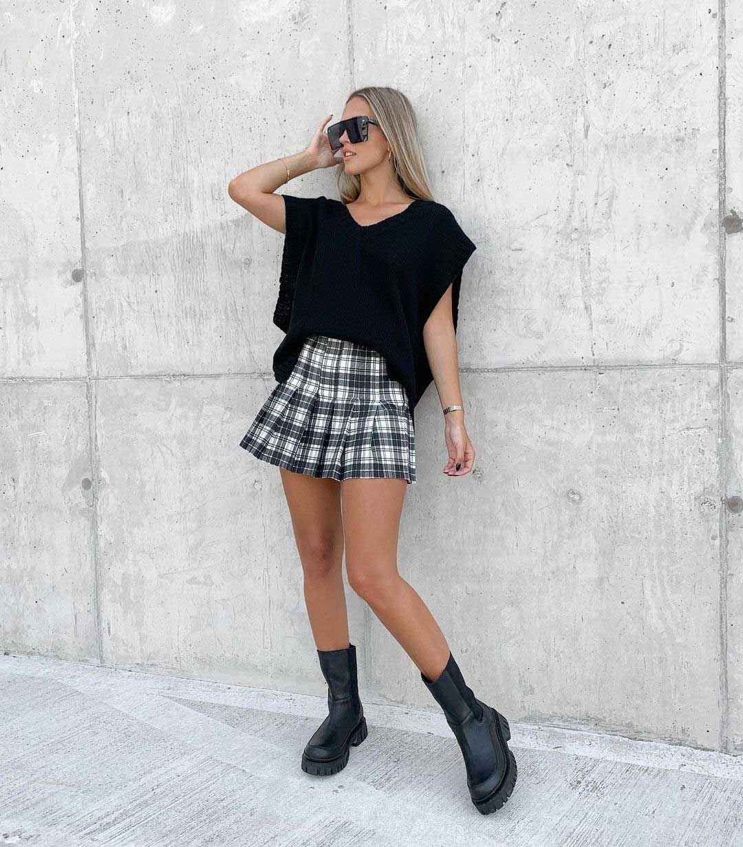 minifalda a cuadros tartan gris moda invierno 2021 mujer