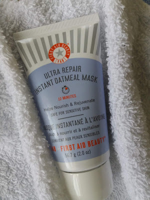 First Aid Beauty Ultra Repair Instant Oatmeal Mask - www.modenmakeup.com