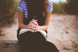 No sufoco, os céticos buscam a Deus