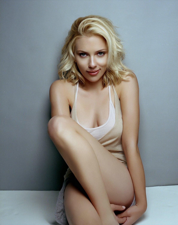 Celebrity Scarlett Johansson - Mobile Abyss