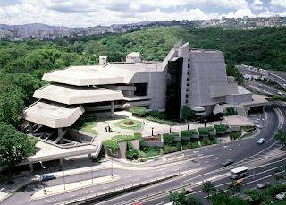 El teatro más grande e importante de Venezuela - Teatro más grande de Caracas - Teatro Teresa Carreño inaugurado el 19 de abril de 1983