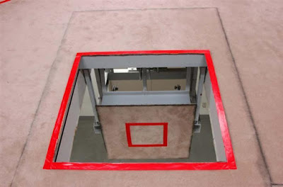 Gallows trap door, Tokyo Detention Center