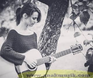 Belajar Gitar Untuk Pemula (Lengkap)