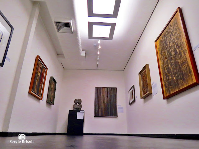 Perspectiva de piso de uma das salas de exposições do Museu Lasar Segall - Vila Mariana - São Paulo
