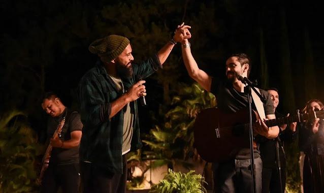 """Myckael Ribeiro e Salomão do Reggae, """"Jesus Está Te Vendo"""""""