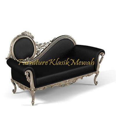 sofa tamu ukiran jati jepara klasik modern duco putih emas silver,furniture klasik mewah,jual mebel jepara 015,Toko jati,JUAL MEBEL JEPARA,AIFURINDO,MEBEL UKIRAN JEPARA,MEBEL KLASIK,MEBEL DUCO,MEBEL FRENCH,MEBEL KLASIK JEPARA,MEBEL JATI JEPARA KLASIK MODERN.