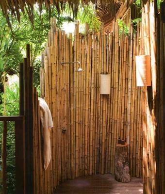 desain kamar mandi bambu modern