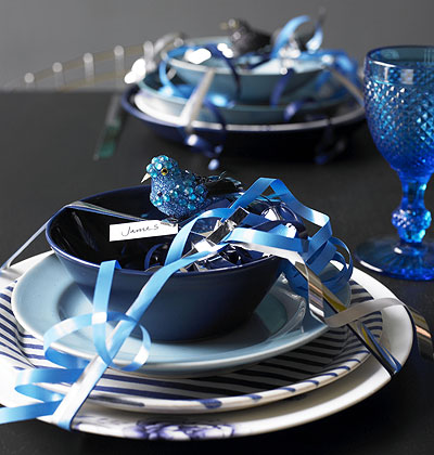 Inspiration For Blue And Silver Table Setting Love The Christmas Bon Bons Theme Decoration Idea