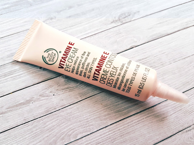 A Review on The Body Shop Vitamin E Eye Cream