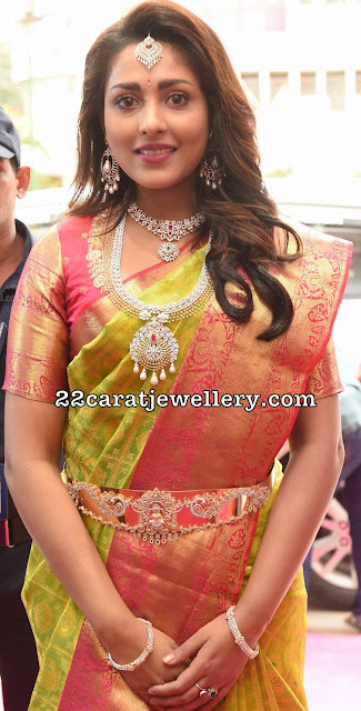 Madhu Shalini Diamond Long Chain