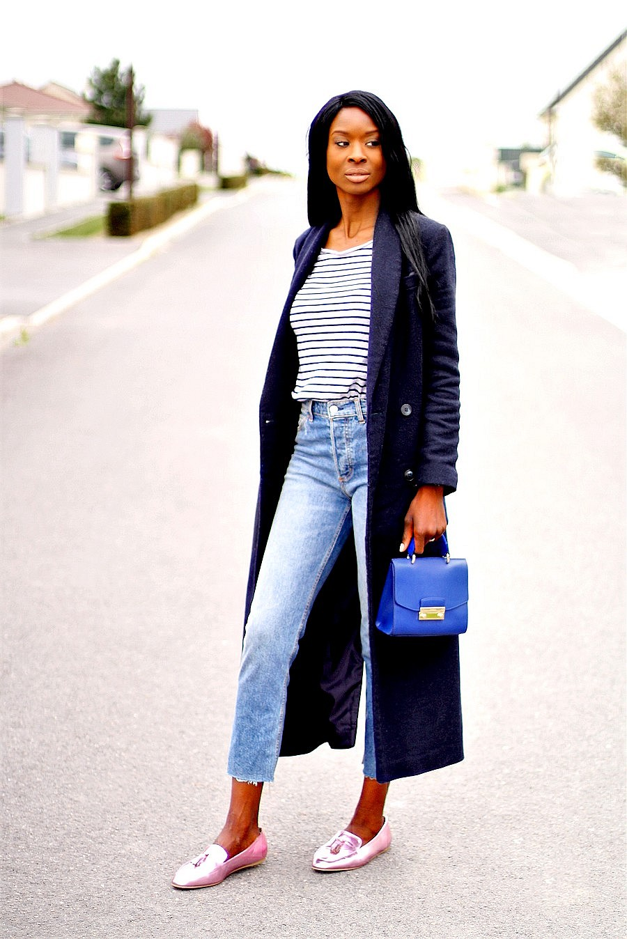 manteau-long-mariniere-jeans-taille-haute-mocassins-sac-furla