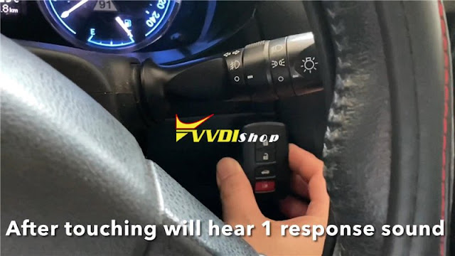vvdi-key-tool-plus-corolla-2014-remote-14
