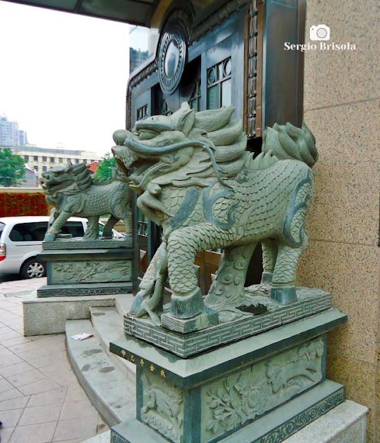 Sculptures in Shanghai