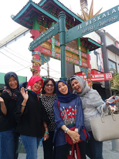 Rina dkk di Jalan Malioboro, Jogyakarta