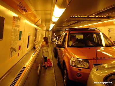 Внутри поезда Евротуннеля