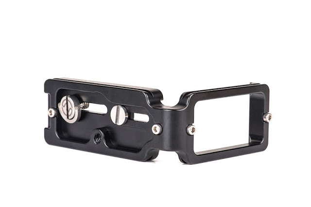 Sunwayfoto PCL-R L bracket bottom / side view