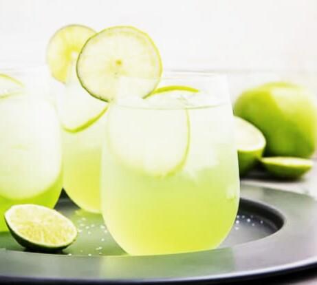 tequila-con-refresco-de-manzana