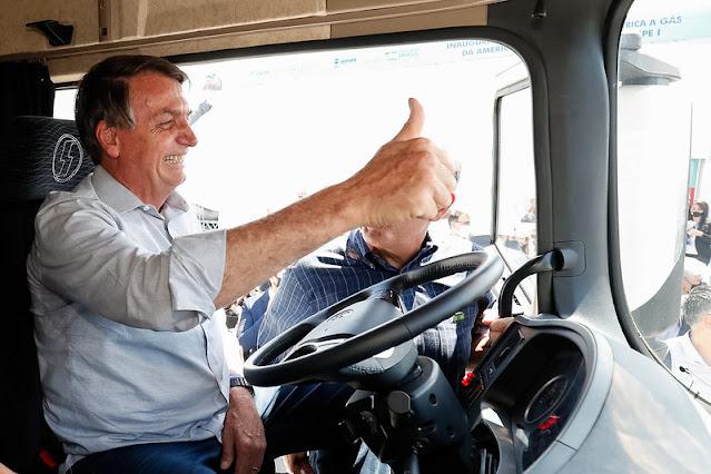 Bolsonaro também não tem caminhão