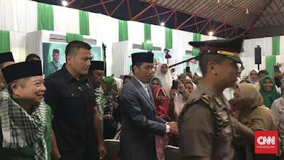 Bersarung Hijau, Presiden Jokowi Hadiri Penutupan Munas Alim Ulama PPP - Info Presiden Jokowi Dan Pemerintah