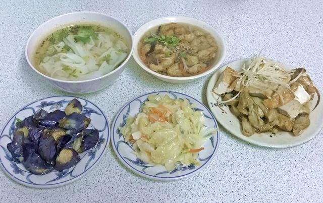 素食小吃店~永和頂溪站素食、樂華夜市素食