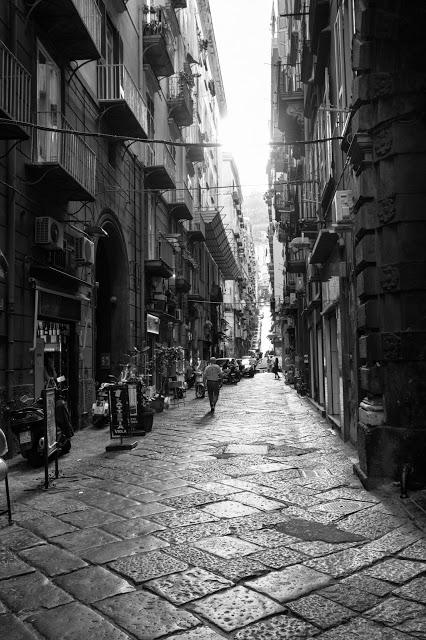 Spaccanapoli-Napoli