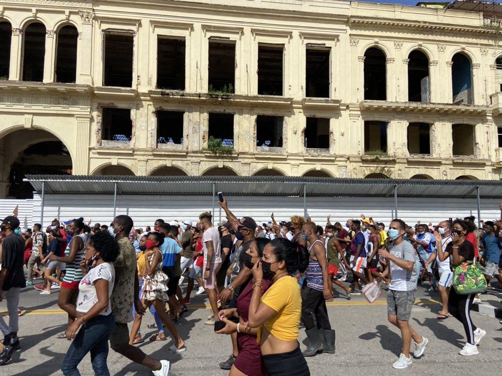 Tag notenemosmiedo en El Foro Militar de Venezuela  Cuba%2BProtesta%2BDomingo%2B11%2Bde%2BJulio