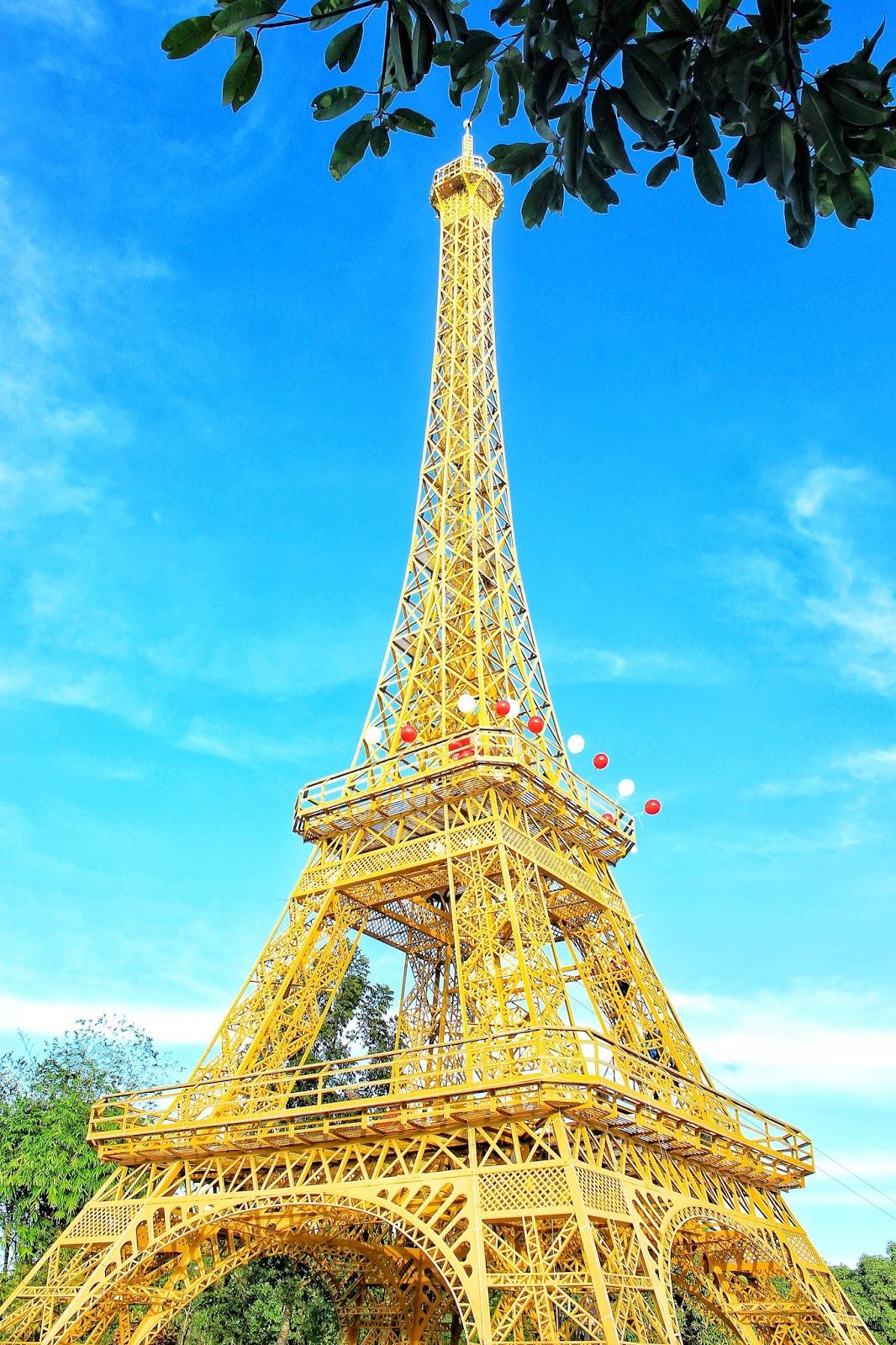 eiffel tower replica norzagaray bulacan