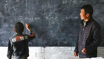 Xu setia mengajari muridnya yang hanya satu