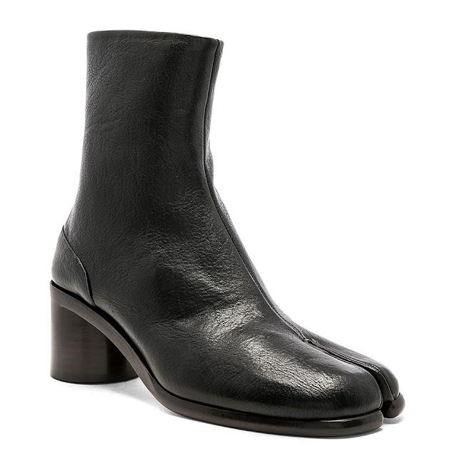 TIMELESS FALL BOOTS: MAISON MARGIELA Light Brushed Tabi Boots