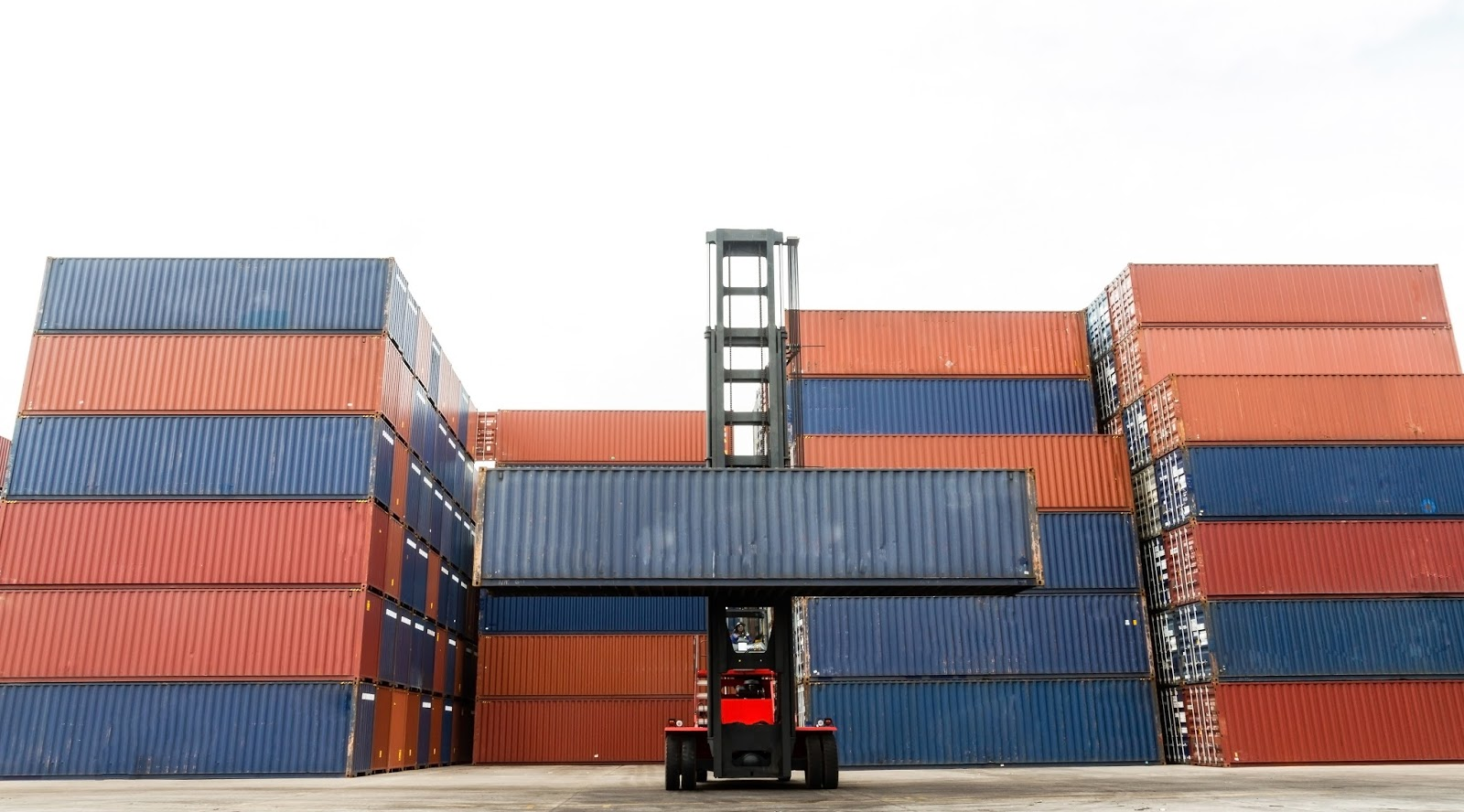 how to buy shipping containers wholesale