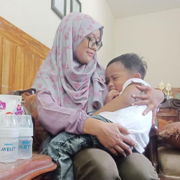 Pentingnya Memperhatikan Kebersihan Botol Susu si Kecil