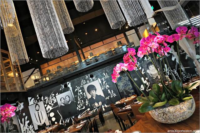 Comedor Restaurante Morimoto Asia en Disney Spring, Orlando