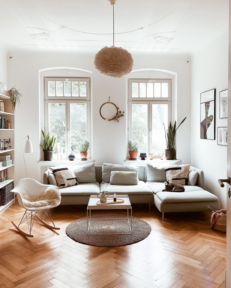 Friday Feels: Tour Mary's Charming and Relaxed Family Home