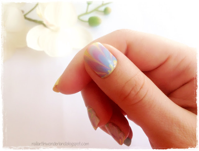 Twinsie Tuesday: Water Marble | Pastel Water Marble Nail Art