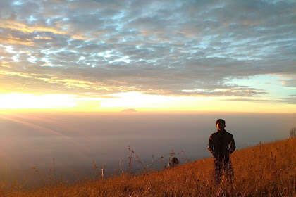 Yang Didapat Dari Mendaki Gunung ! Bukan Sekadar Foto