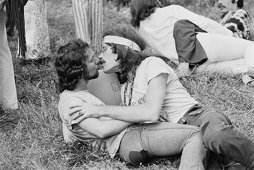 Gay Hippy 104