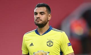 Ex-Manchester United keeper Kuszczak tip Sergio Romero to join Everton