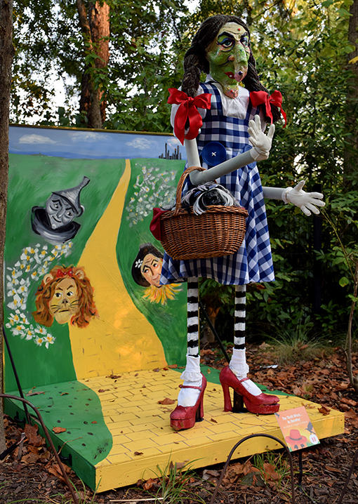Scarecrows in the Garden | Atlanta Botanical Garden | Photo: Travis Swann Taylor