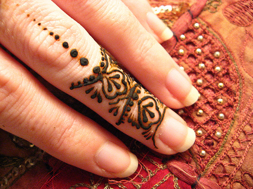 the fashion time mehndi designs for feet and fingers