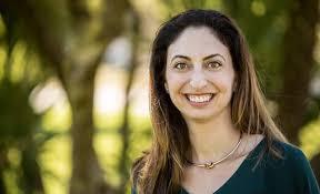 Elise Haas Age, Wiki, Biography, Salary, Husband, Instagram